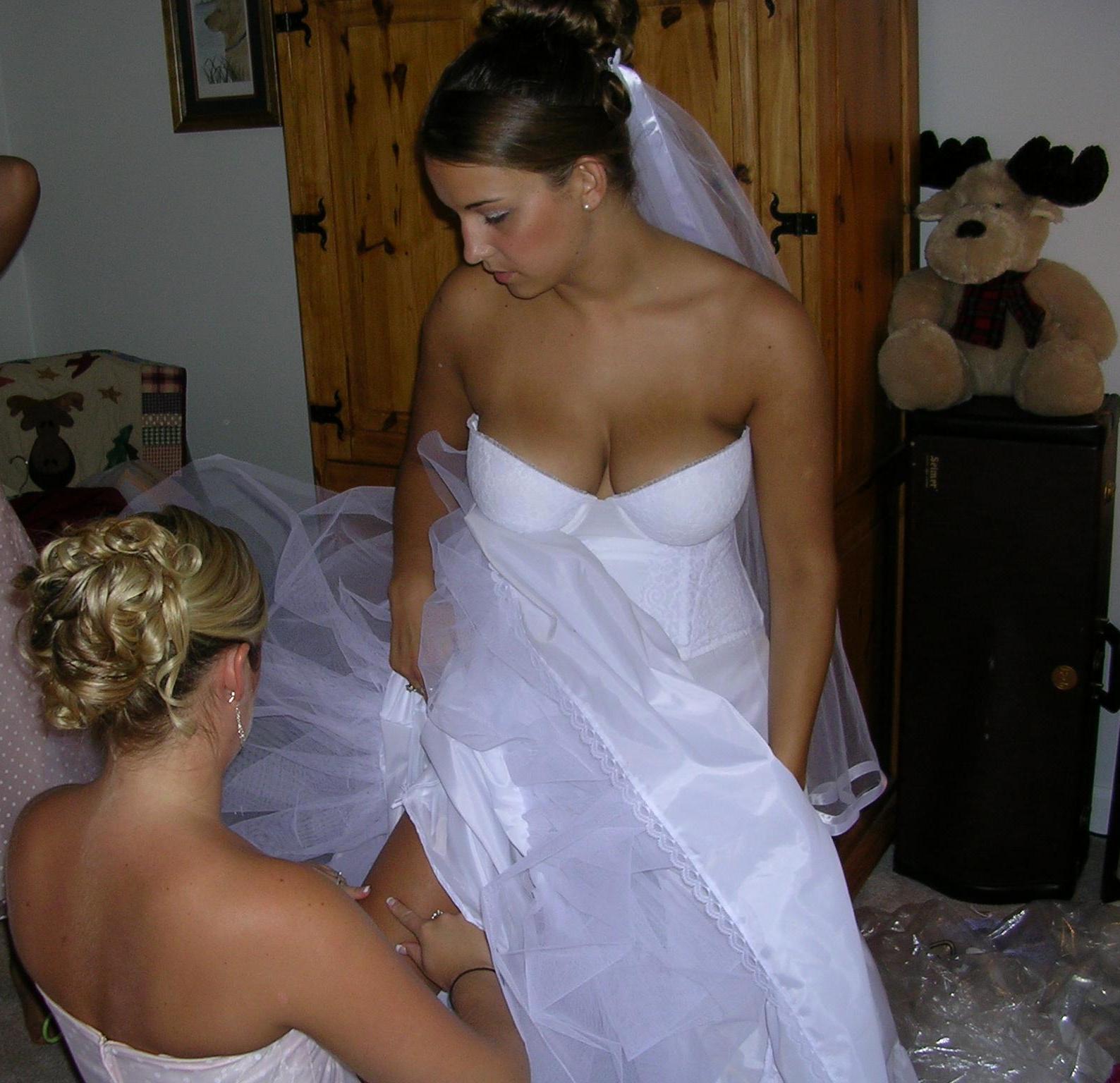 Пьяные невесты раздеваются 17 фотография