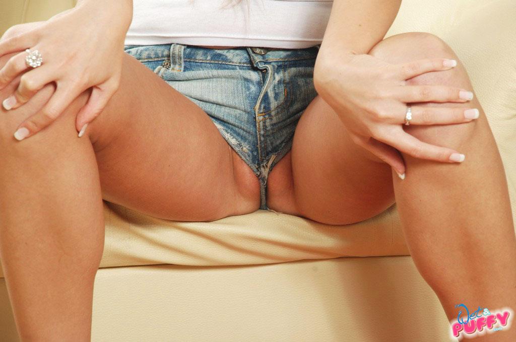 Tight Short Shorts Cameltoe