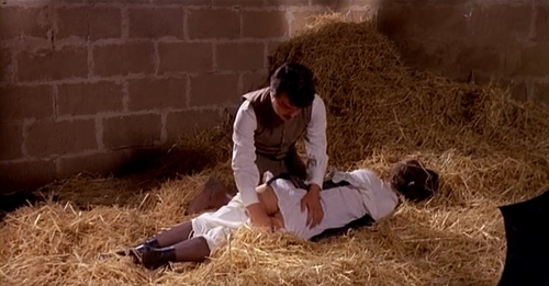 A naked movie clip cut from Mio Dio come sono caduta in basso with Laura ...