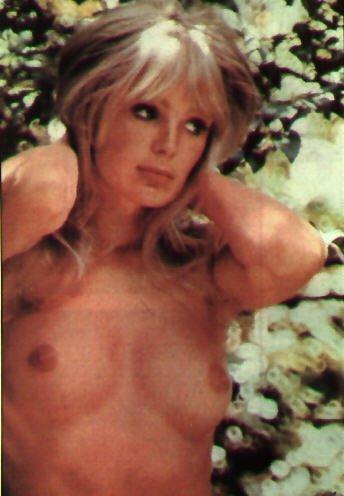 linda-evans-nude-playboy-pictures