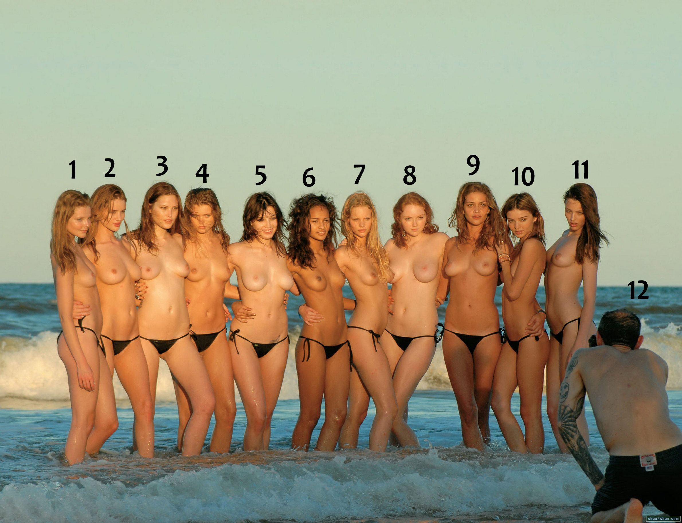 Юные модели топлес 20 фотография