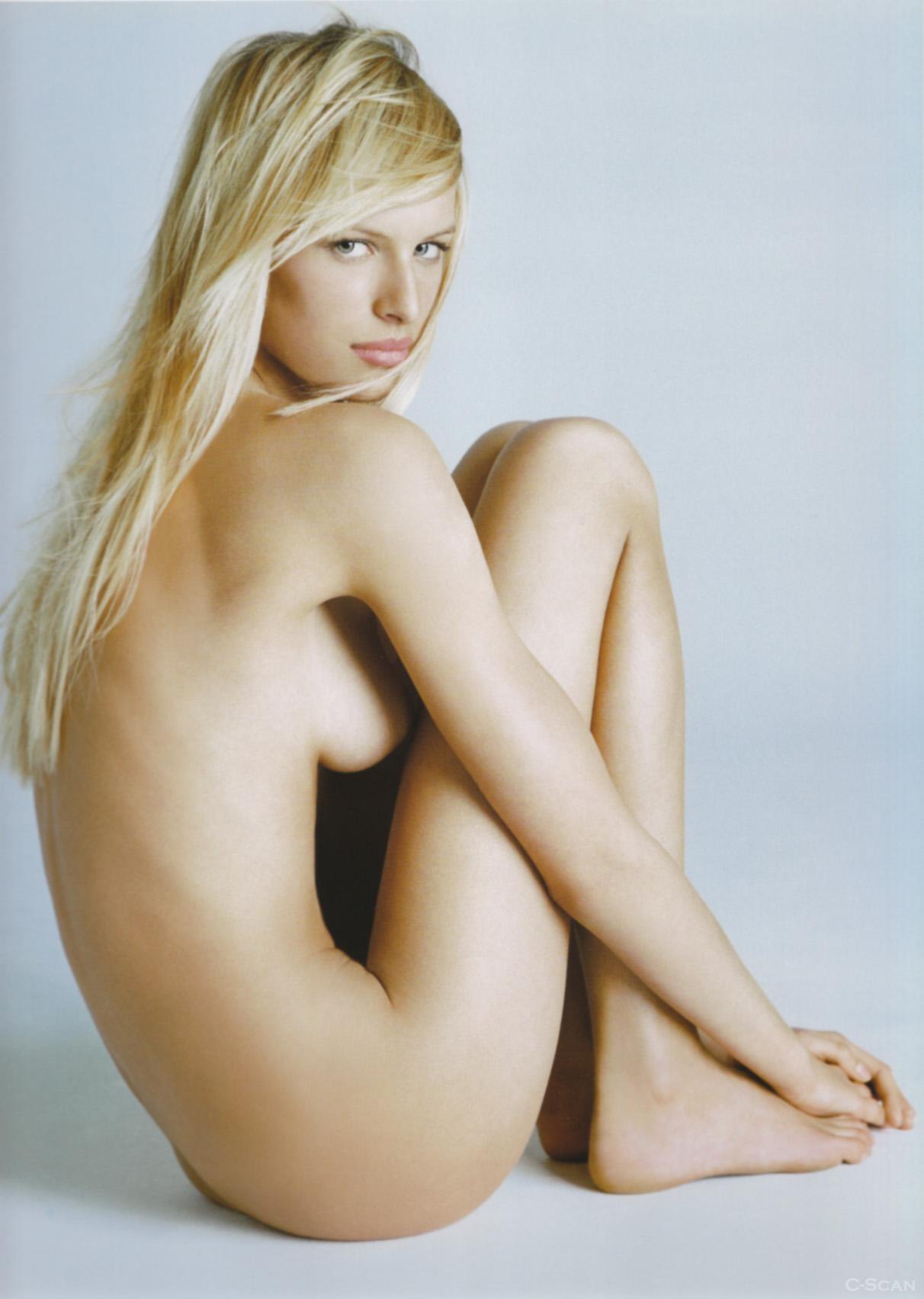 images karolina kurkova naked