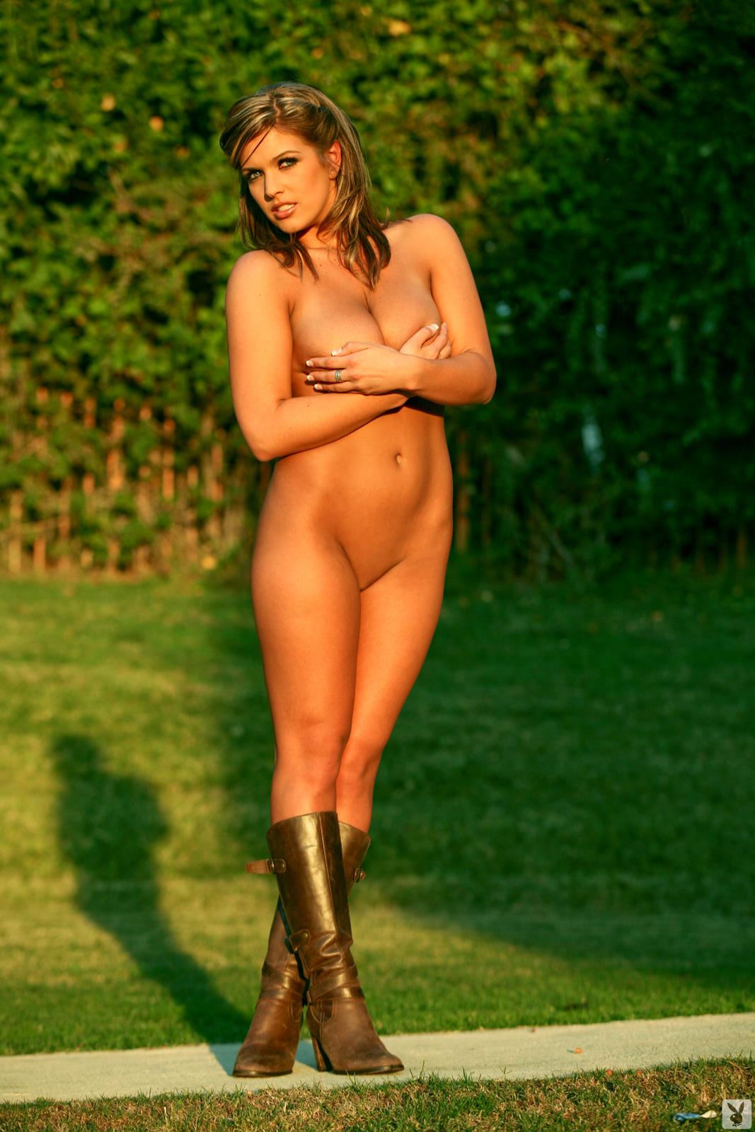Stephanie Loren Nude Centerfold Search